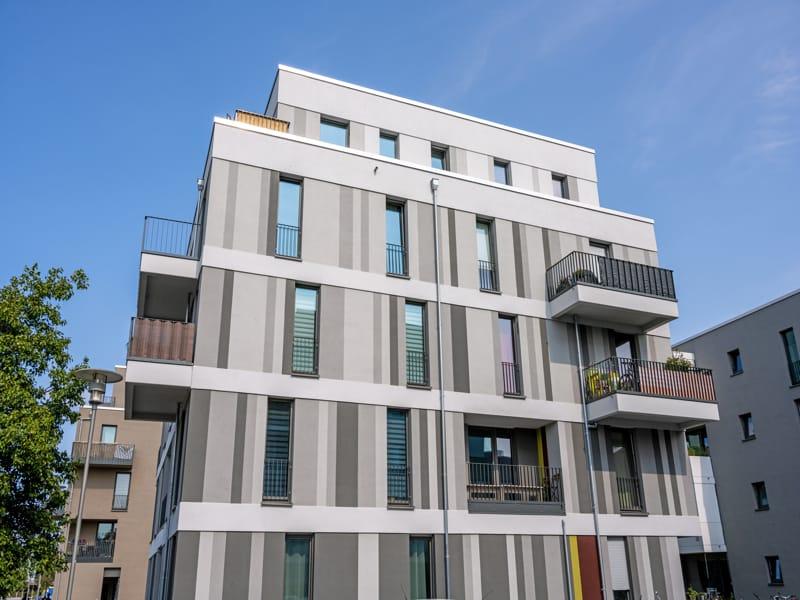 fachada de un edificio residencial en cohousing
